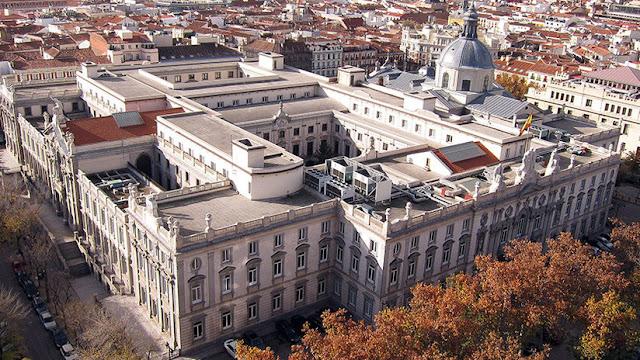 """Un tribunal español dictamina la extradición a EE.UU. de un presunto """"hacker"""" ruso"""