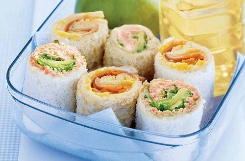 resep membuat sushi roti tawar salmon