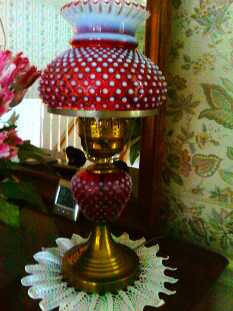 Antique Treasures Hobnail Lamp