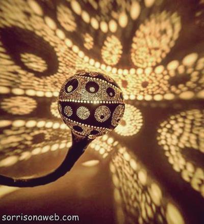 Luminária feita de coco - Sorriso na Web