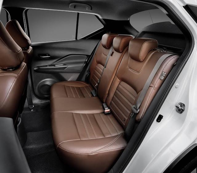 Honda HR-V x Nissan Kicks - espaço traseiro