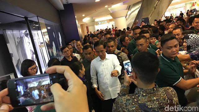 Hebohnya Masyarakat Medan Saat Jokowi Berkunjung ke Sun Plaza...