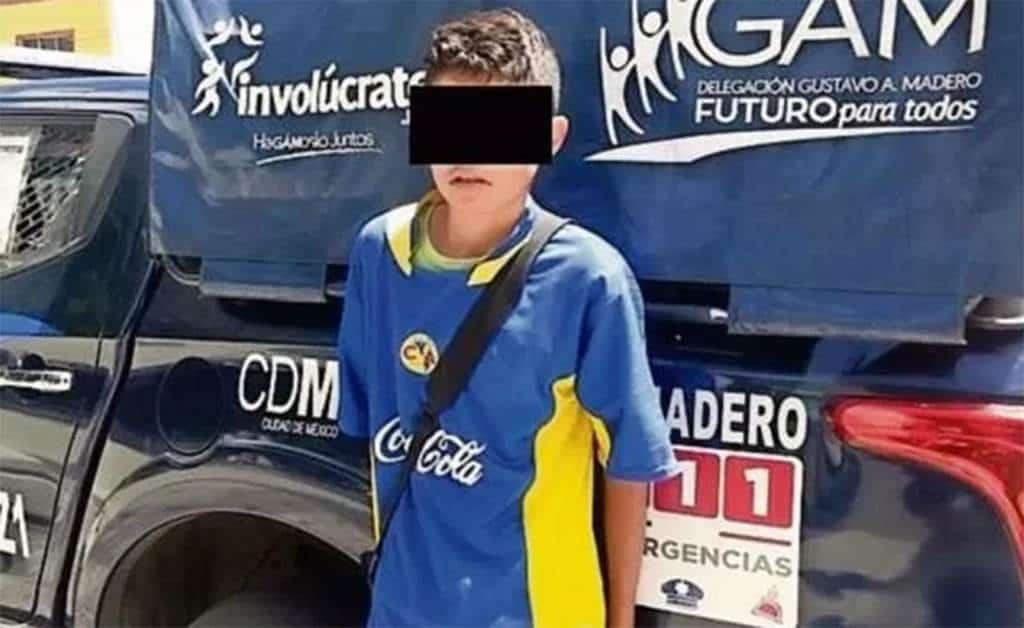 """Usan a niño de 13 años para cobrar rescate de secuestro; """"yo lo mandé"""", reconoce su madre"""