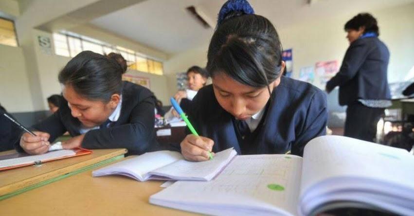 Retrasan horario de ingreso a colegios por bajas temperaturas en Arequipa