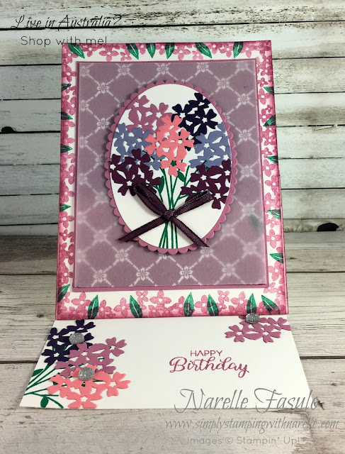 Gorgeous easel card made with the Beautiful Bouquet bundle - grab yours now - http://bit.ly/2IBKNQi