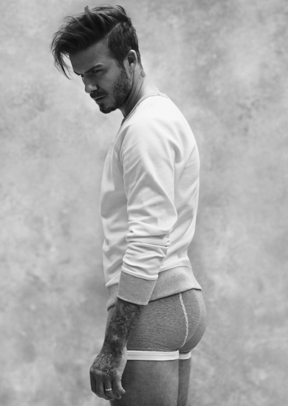 David Beckham set hearts aflutter when his new H&M underwear advert was released on the same day that he took part in a live Twitter chat with fans. The advert sees the topless football star.