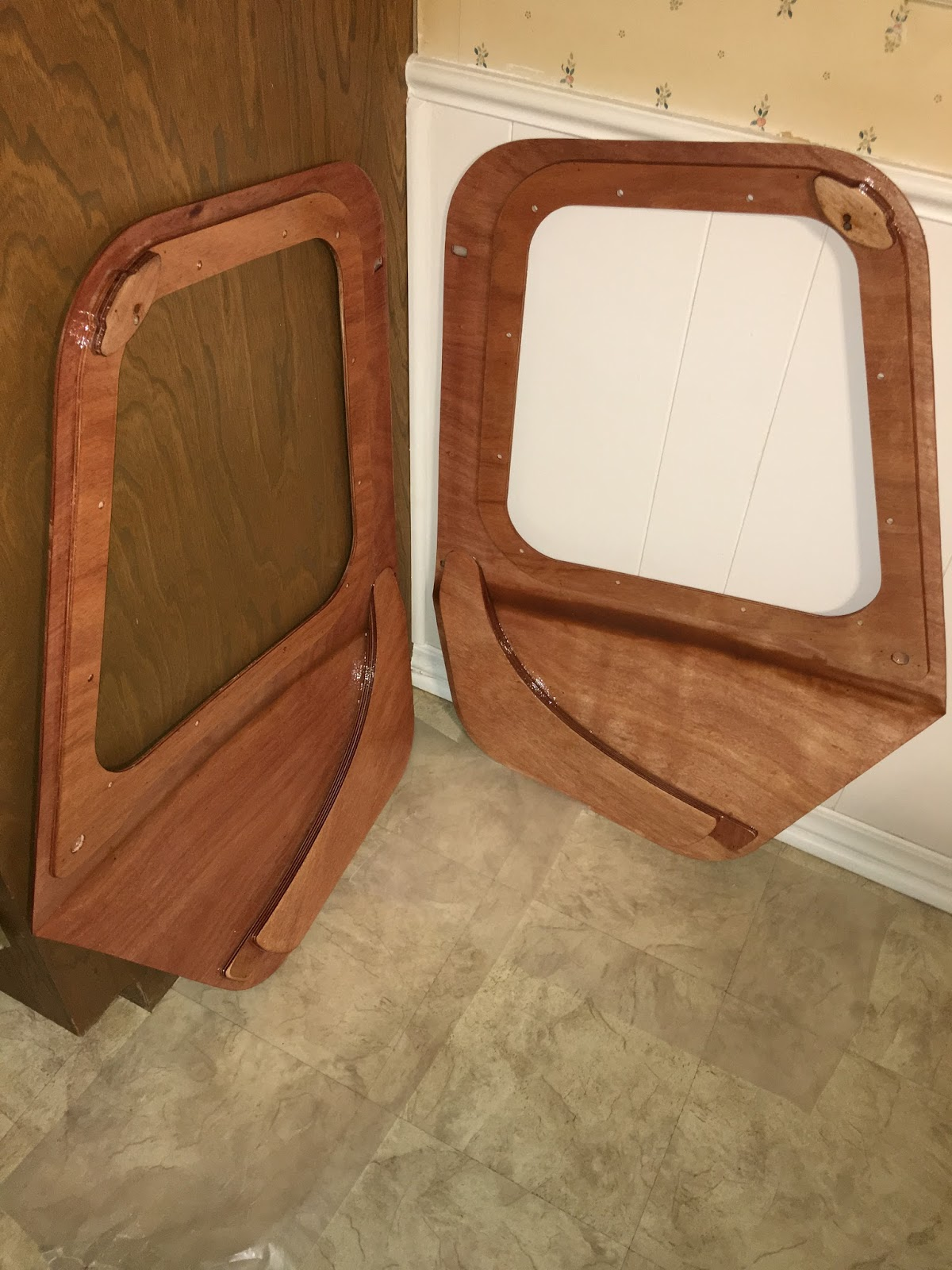 While The First Coat On The Hinges Is Curing I Applied A Second Coat To The Inside Of The Doors. As You Can See All This Work Is Being Allowed To Cure . & Camper Doors Ebay u0026 New Hosetamer Water Hose Bag Caravan Cu0026ing RV ... pezcame.com