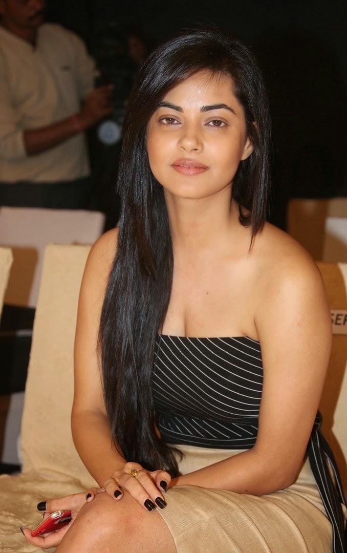 Meera Sexy 46