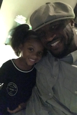 Peter Okoye pictured with the beautiful women in his life (photos)