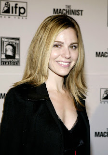 Cara Buono photo