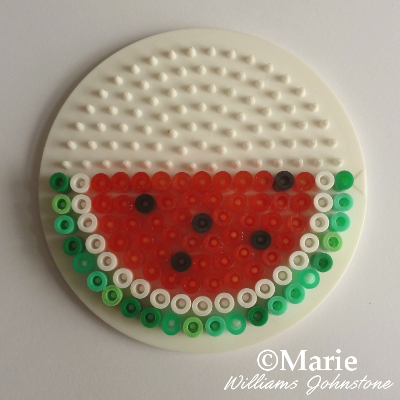 Half slice pattern of a perler bead water melon watermelon design pattern