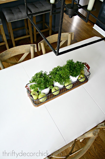 Easy greenery centerpiece for table