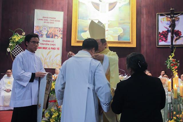 Lễ truyền chức Phó tế và Linh mục tại Giáo phận Lạng Sơn Cao Bằng 27.12.2017 - Ảnh minh hoạ 155