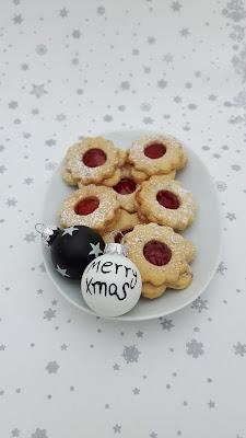 Weihnachtsteller mit Spitzbuben