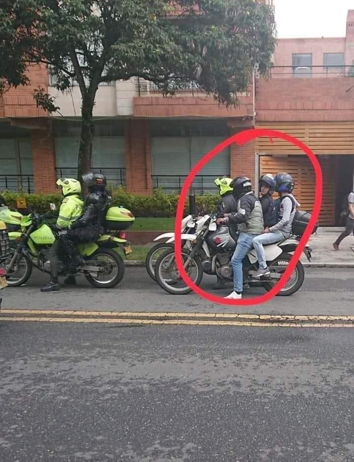 Este #21N pilas con l@s policías infiltrados en el #ParoNacional