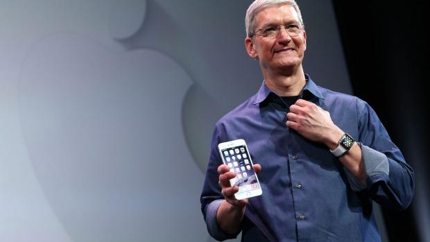 Pai exige que a Apple desbloqueie o iPhone do seu filho morto