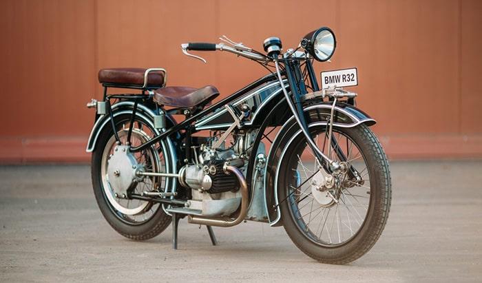 Первый мотоцикл компании BMW