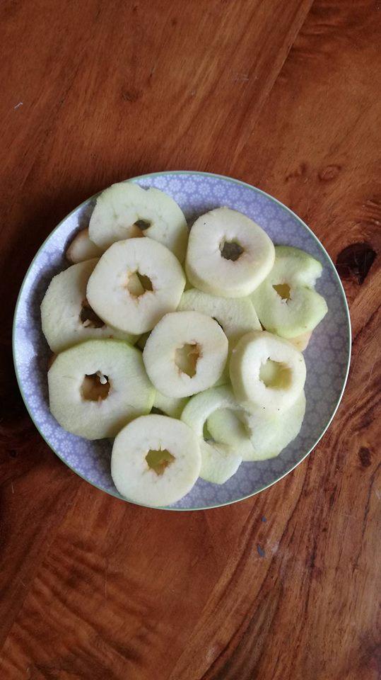 des beignets aux pommes l 39 ancienne lily 39 s little factory blog diy bretagne. Black Bedroom Furniture Sets. Home Design Ideas