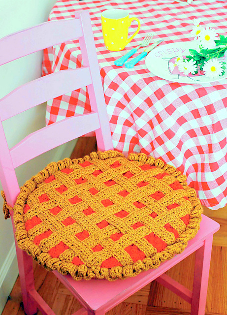 Cherry Pie Seat Cushion crochet pattern