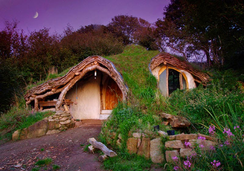 6. Low Impact Woodland House (Wales, UK) - Top 13 World's Strangest Buildings