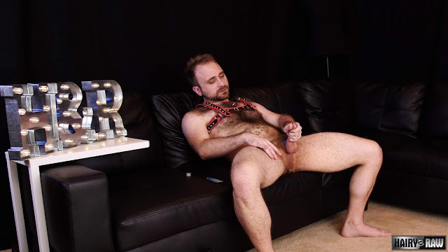 Hairy and Raw - Harper Davis - Scent of a Man
