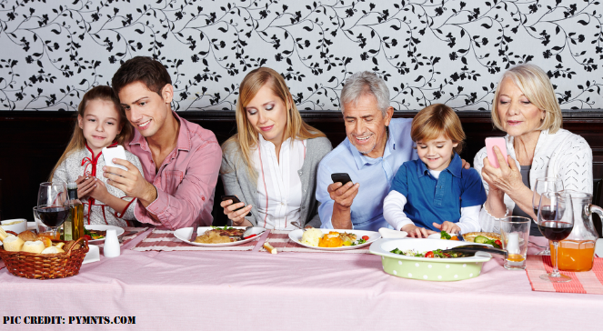 Mobile-Phones-and-othe-Electronic-devices-not-allowed-to-use-for-children-at-dinner…….| Hi-Tech-Bog |