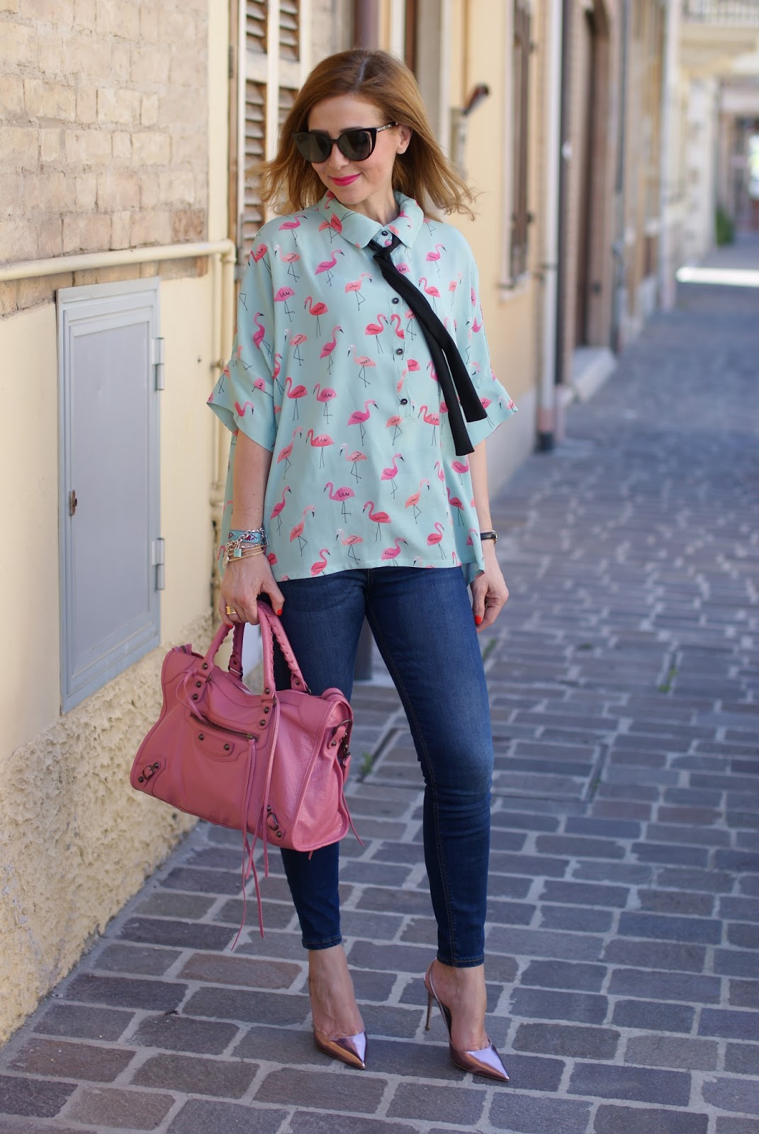 Flamingo print shirt and Le Silla metallic pink slibgback stiletto shoes on Fashion and Cookies fashion blog, fashion blogger style