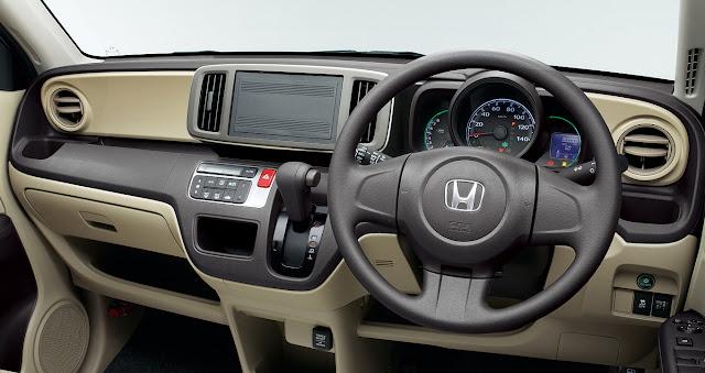 2013 Honda N-One Front Interior