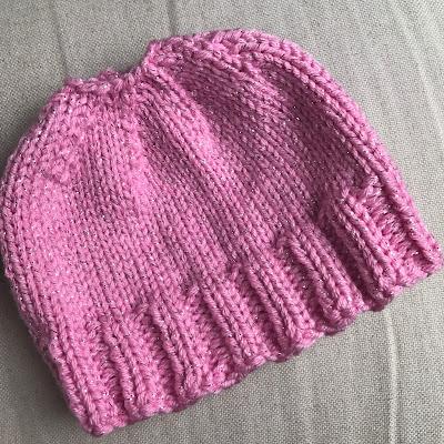 Knitting Like Crazy: Messy Bun Hat