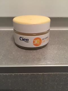 Crème de jour anti-rides Q10 Cien, marque Lidl pour la routine slow cosmétique visage