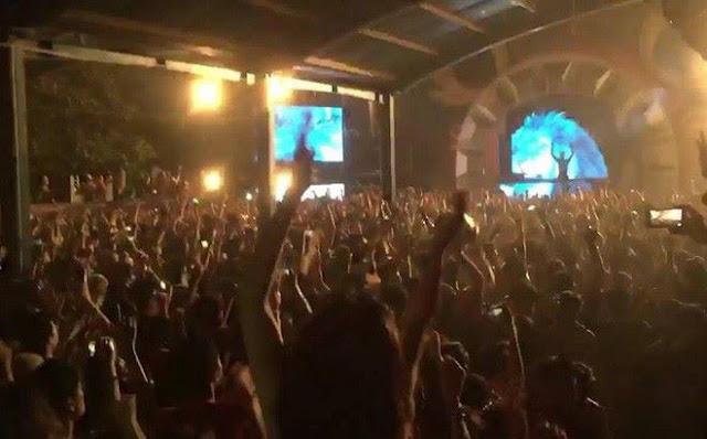 Hình ảnh trong đêm nhạc hội