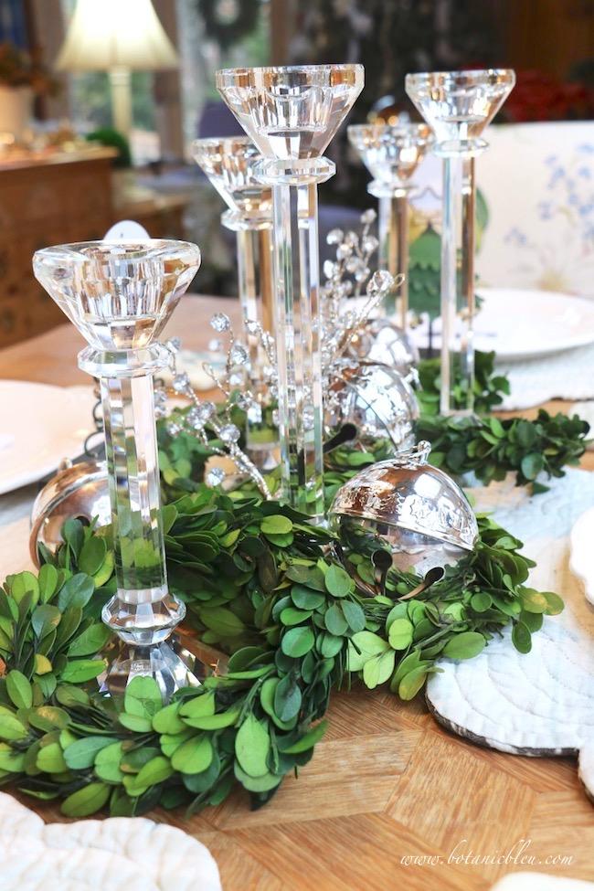 christmas-sleigh-bell-tablesetting-preserved-boxwood-wreaths