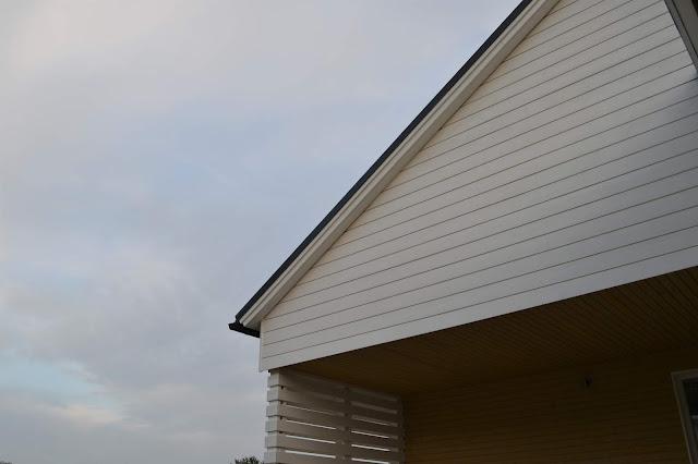 talonrakennus julkisivu maalaus ulkomaali