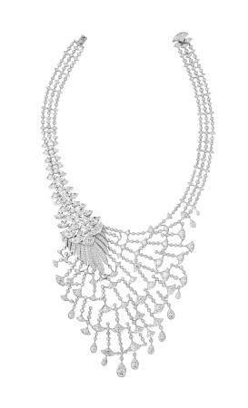 cartier watches: Cartier Peacock Queen Candeur necklace