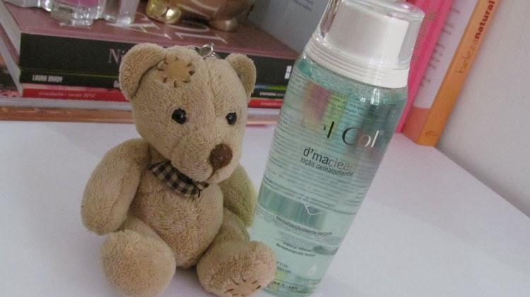 demaquilante-nacional-bel-col-resenha-produto-pele-oleosa-retirar-a-maquiagem-batom-da-vez