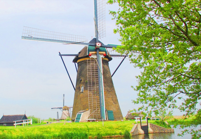 Watch the most seasoned Windmill Village Netherlands