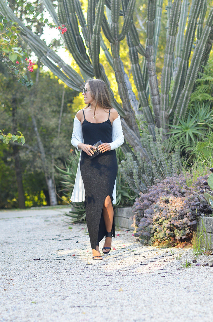Casual Streetstyle - long black knit dress, gucci clutch, ray ban sunglasses, zara black sandals, coleção ilimitada