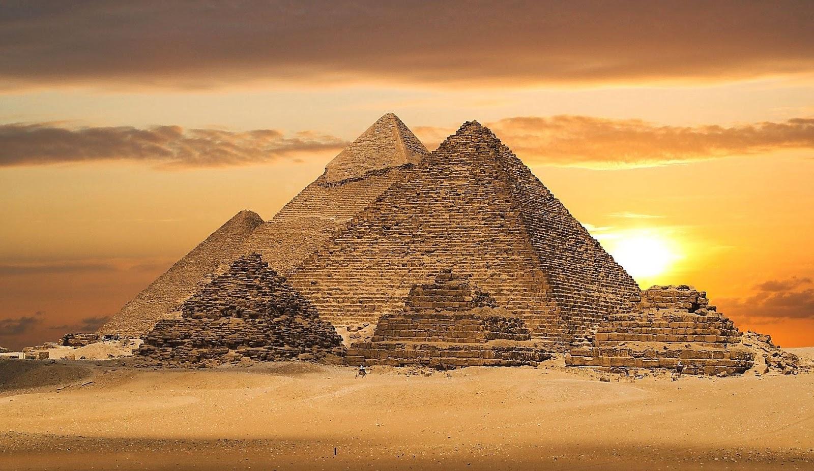 pyramid background - photo #20