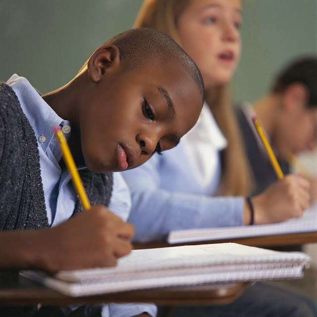 Resultado de imagem para como escrevem os jovens hoje em dia