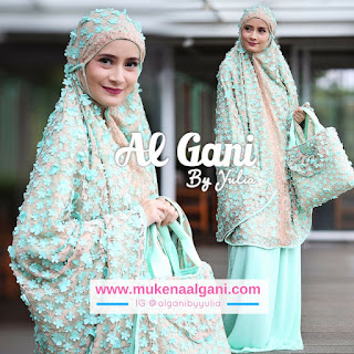 31 Dokter barbie Tika  cantik wearing Mukena Najwa super duper Best Seller 😍