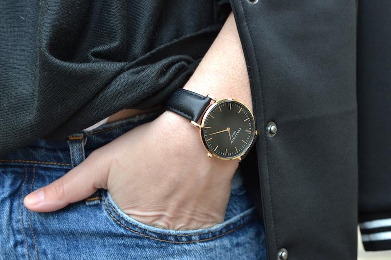 montre isabel Marant noire