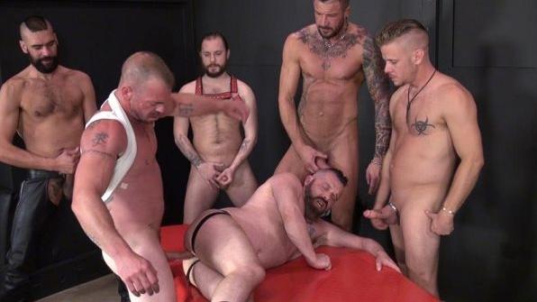 Patrick`s Gang Bang – Jacob Slader, Chris Perry, Patrick O'Connor, Tony Bishop, Dolf Dietrich & Aaron Burke