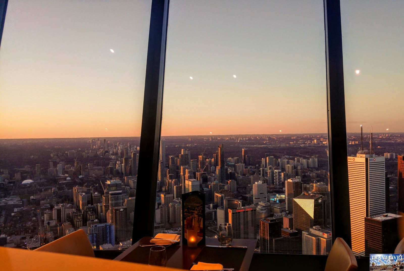 Canada Toronto panorama tour CN restaurant