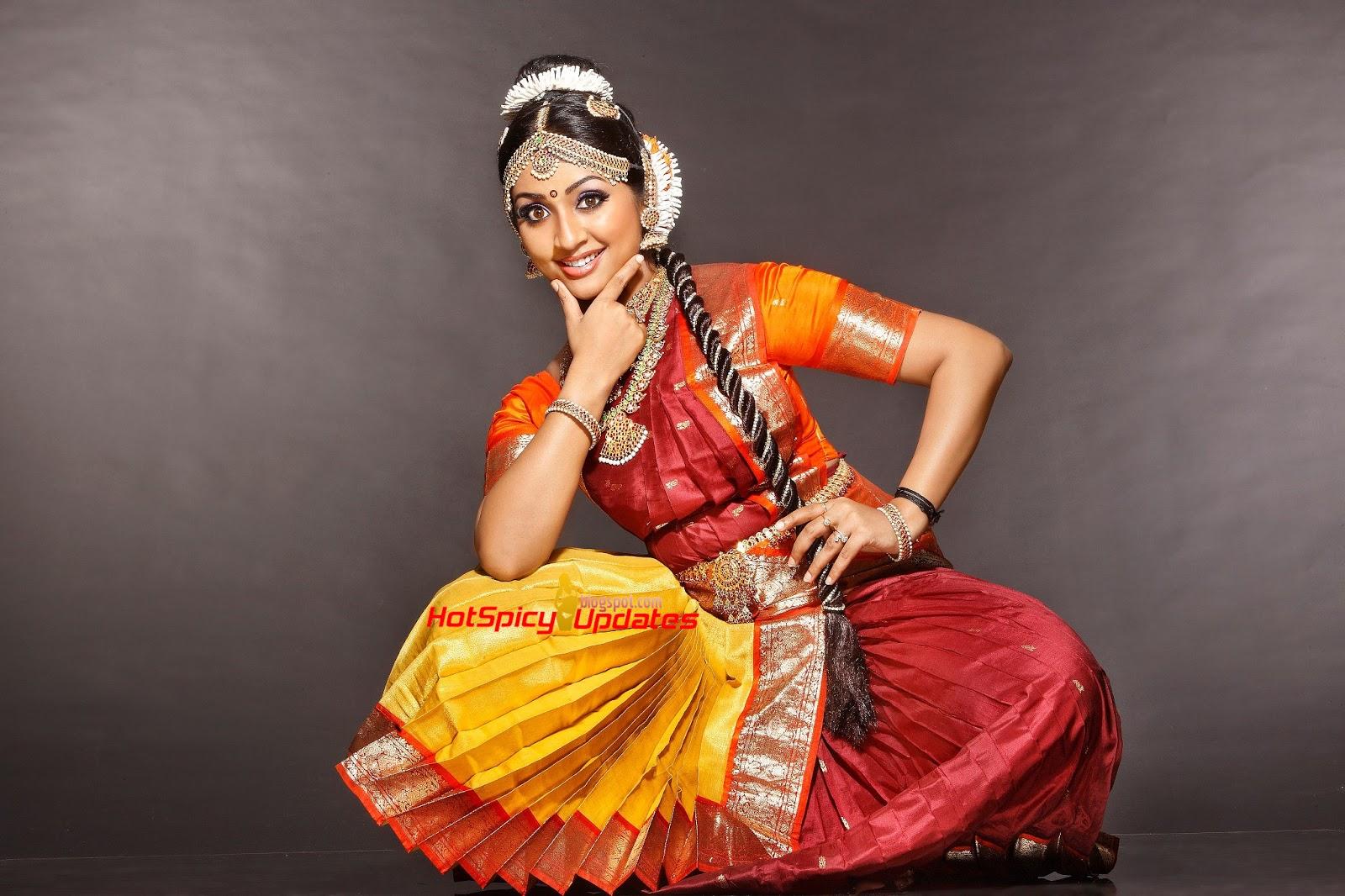 Navya Nair Aka Dhanya Nair Hot Cute Photoshoot Stills -5956