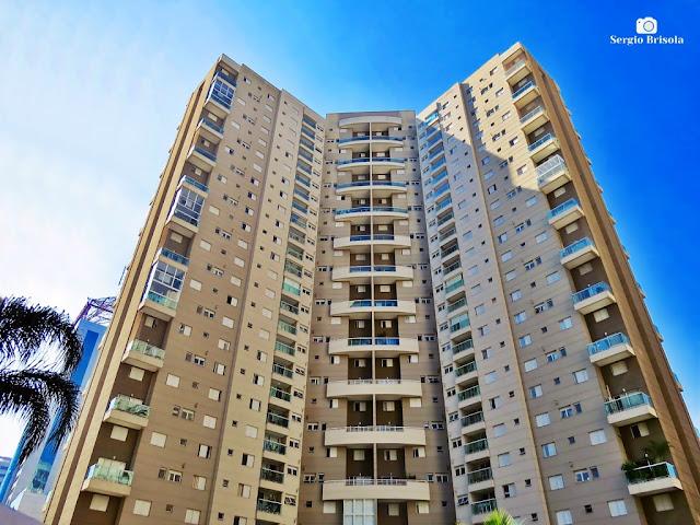 Vista ampla da fachada interior do Condominium Club East Side - Paraíso - São Paulo