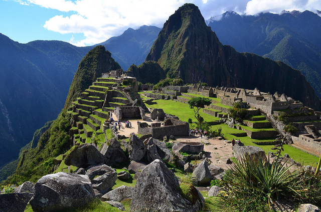 Reruntuhan Kuno Paling Mengesankan di Dunia