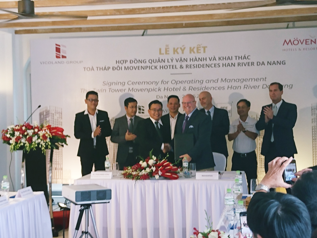 Lễ ký kết hợp tác quản lý dự án Movenpick Han River Đà Nẵng