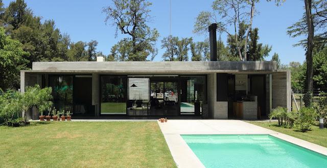 Casa de un nivel por bak arquitectos dise o de casas for Casas minimalistas en argentina