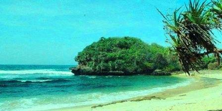Pantai Sumur Pitu malang