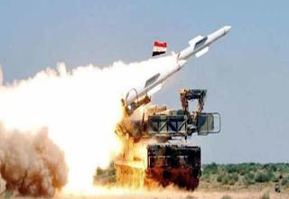 تقرير الدفاع الجوي السوري يرد على الهجمات الإسرائيلية